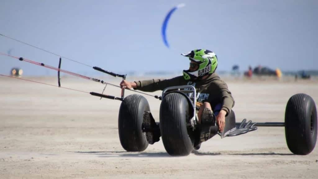 The best landboard and kite buggy spots in Fanø Island and West Coast of Denmark // Kiterr.com