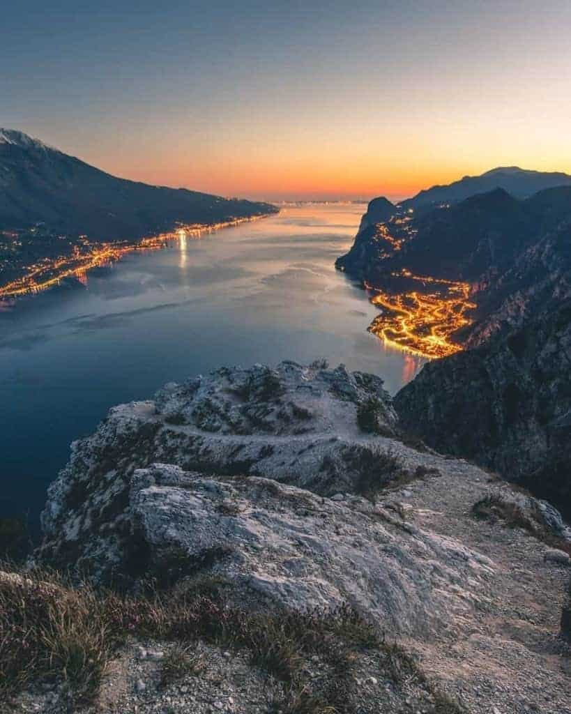 An aerial view of Lake Garda in Italy - photo by @its.edmond (Insta) // Kiterr.com