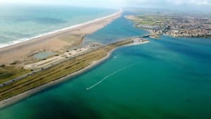 A view of the Chesil Beach & Portland Harbour kiteboarding area, Dorset // Kiterr.com