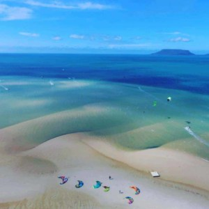 Coloured Sands / Elim Beach - Kitesurfing in Far North Queensland, Australia // Kiterr.com
