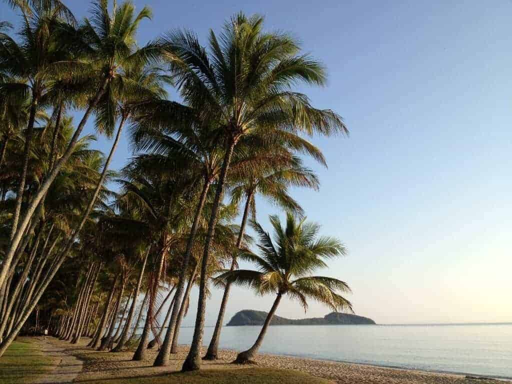 Palm Cove - Kitesurfing in Far North Queensland, Australia // Kiterr.com